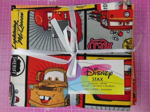"5 Fat Quarter: Disney ""Cars"" Autos"